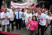 Caminhada das Poderosas encerra Outubro Rosa