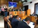 Entrega de moção, reajuste de servidores e outras pautas marcaram sessão ordinária